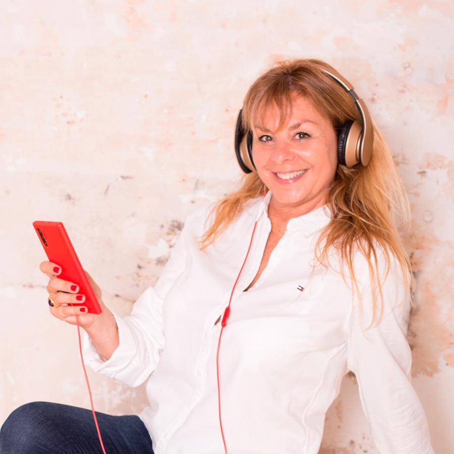 Contactar con Ana Lloveras.