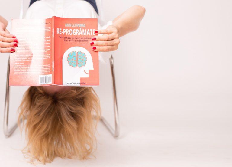 Libro Reprogramate para aprender a superar tus creencias limitantes